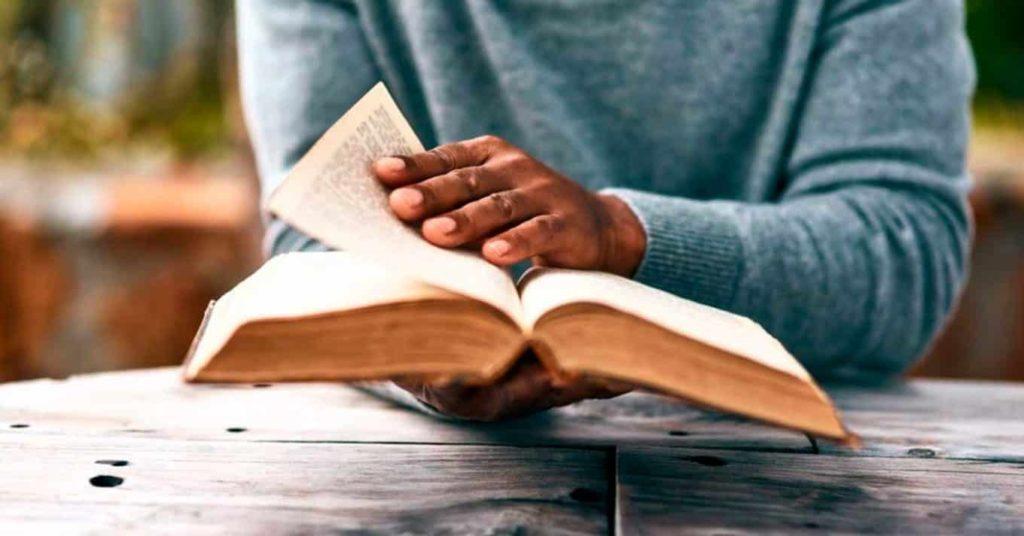 Estudo bíblico Como fazer o estudo da Palavra e aproximar se de Deus 3 1024x536 - Estudo bíblico: Como fazer o estudo da Palavra e aproximar-se de Deus?