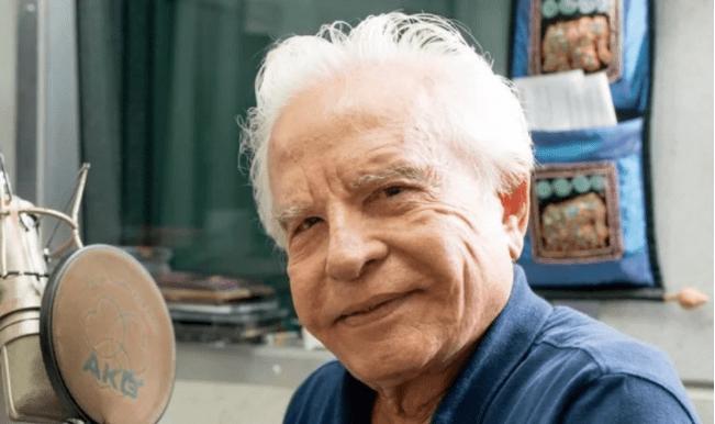 """traicao 1 1 - Cid Moreira: """"Vou levar o Evangelho às pessoas até o último dia de minha vida"""""""